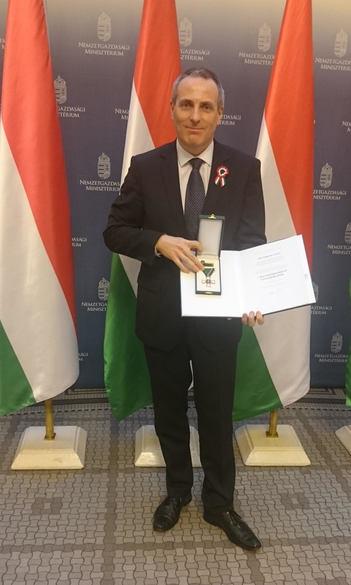 Dr. Németh István a Magyar Érdemrend lovagkeresztje kitüntetést kapott