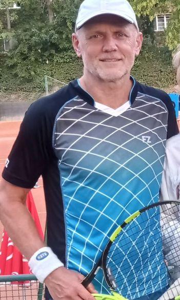 Sákovics remekelt a szenior tenisz magyar bajnokságon
