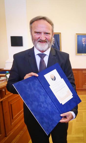 Dr. Fűzfa Balázs megyei kitüntetést kapott