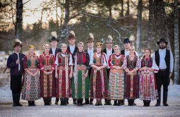 Hazatértek a finn télből a táncoslábú magyarok