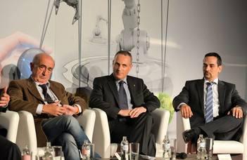 Dr. Németh István a felsőfokú duális képzésekkel kapcsolatos kihívásokról az Ipar 4.0 konferencián