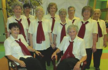 Őszirózsák kórusa (Pálos Károly Szociális Szolgáltató Központ ) és a Radamosi Harangvirág kórus koncertje
