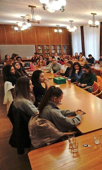 Tanító szakosoknak tartottak fórumot