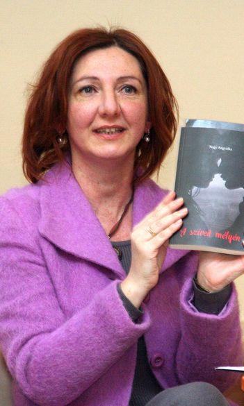 """""""Érzéki, finom elegancia"""" – Nagy Angyalka, tanító szakos hallgató első regénye"""