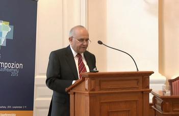 A 70 éves dr. Molnár Zoltán Miklós tanszékvezető  tanár úr köszöntése