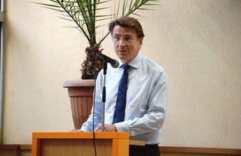 Brit nagyköveti látogatás az ELTE SEK-en