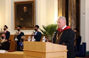 Megnyitotta az új tanévet az ELTE rektora