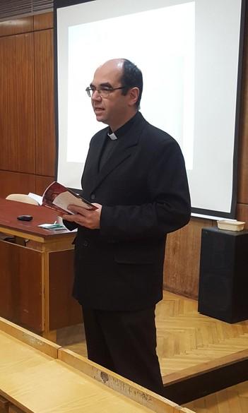 Dr. Székely János szombathelyi megyéspüspök  tartja a tavaszi félévben a II. János Pál Katolikus Szakkollégium kurzusát az Eötvös Loránd Tudományegyetem Savaria Egyetemi Központjában