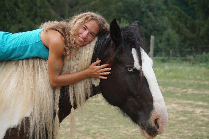 ló lányok tudják,