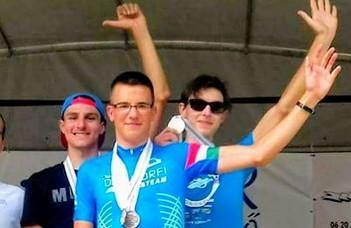 MEFOB-győztes az ELTE országúti kerékpároscsapata