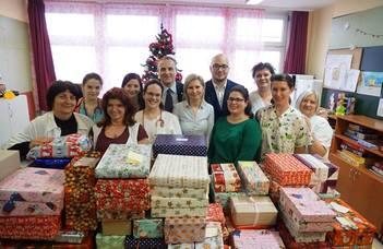 Száznál is több beteg gyermek karácsonyát tesszük szebbé