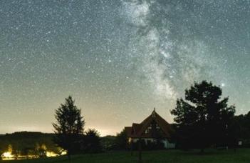 Online szakmai útmutató a fényszennyezésről