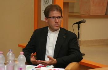 A római Pápai Magyar Intézet rektorává nevezte ki a Magyar Katolikus Püspöki Konferencia a SEK egyetemi lelkészét