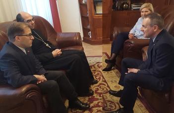 Dr. Székely János szombathelyi megyéspüspök volt a SEK vendége