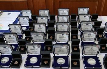 Ők kaptak megyei kitüntetést március 15. alkalmából